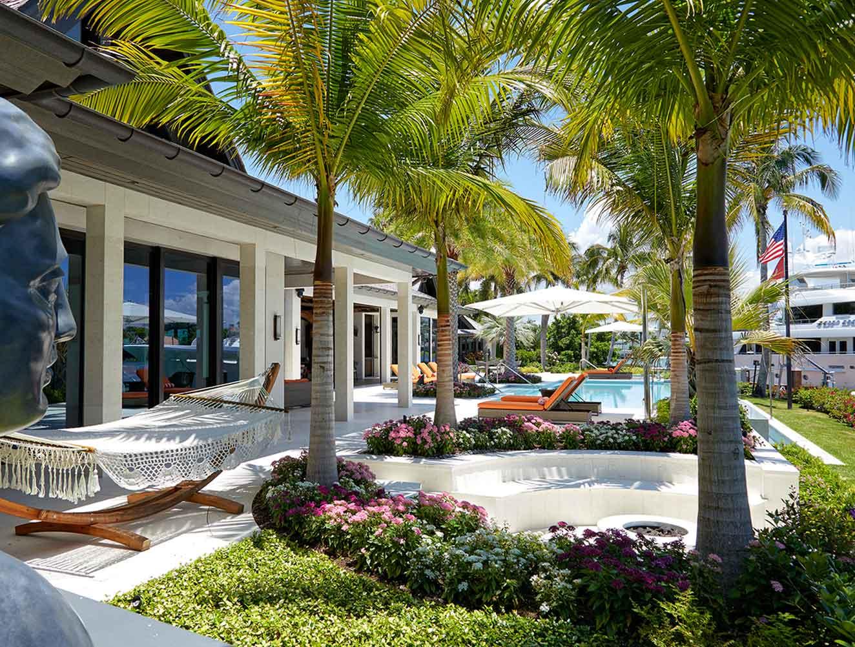 Portfolio of Leisure Spaces in Naples, Florida Luxury Homes. Leisure Outdoor entertainment space. Designed by Kukk Architecture & Design Naples.